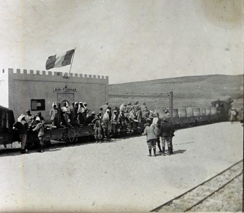 Aspect d'une gare au Maroc