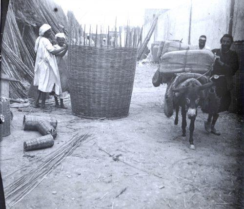 Fabrication de corbeilles - Maroc 1915-1916