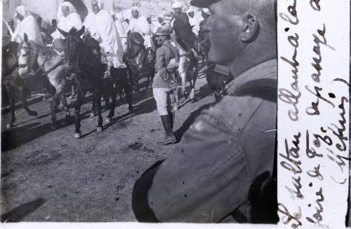 Le sultan allant à la foire de Fez de passage à Meknes (1)
