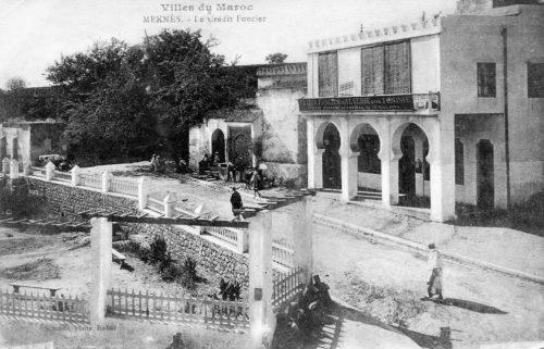 place Dalbiez, fontaine, et marabout - Mehnès, Maroc