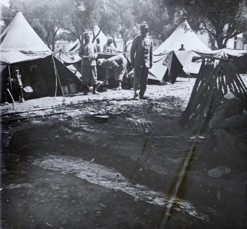 Sans titre (1) campement militaire