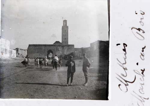 """Meknès """"Marché au bois"""" 1915 - Bab Berdaïne photo © Joseph Miquel"""