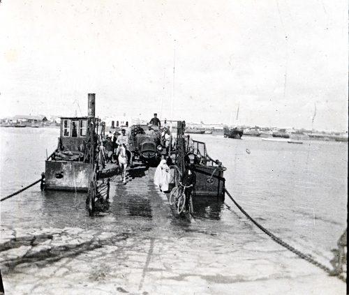 le bak traversant le Bou Regreg -Rabat,Maroc 1917